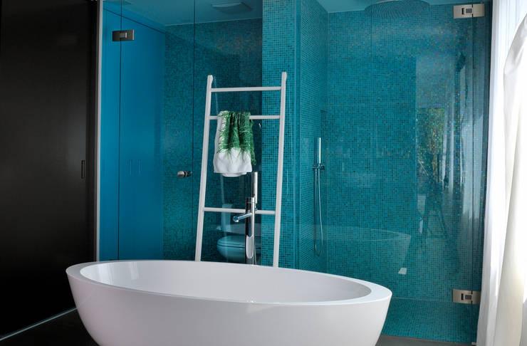 Salle de bains de style  par IDA14