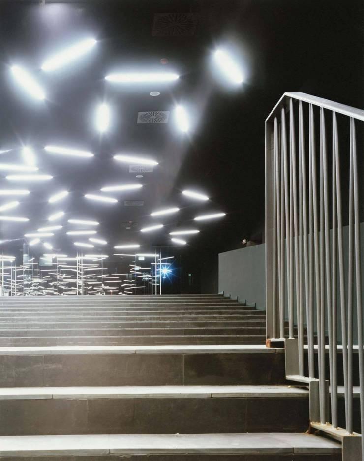 Nouveau siège social de l'Agence spatiale italienne à Rome: Bureaux de style  par 5+1AA alfonso femia gianluca peluffo