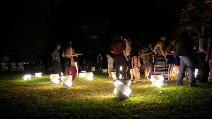 Tourbillon lumineux: Jardin de style  par Anaïs Bretonnet