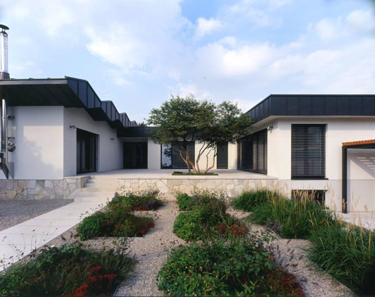 Terrasse:  Terrasse von tredup Design.Interiors