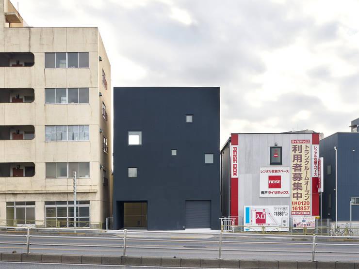 青戸の住宅: ハイランドデザイン一級建築士事務所が手掛けた家です。