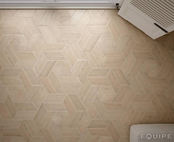 Hexawood Tan 17,5x20 / Chevron Tan Right & Left 9x20,5.: Paredes y suelos de estilo  de Equipe Ceramicas