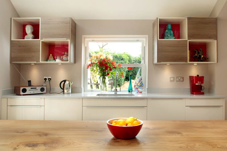 Cozinhas  por in-toto Kitchens Design Studio Marlow
