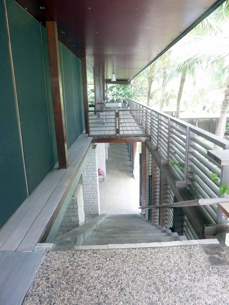 Caribbean Residence:  Houses by Labo Design Studio