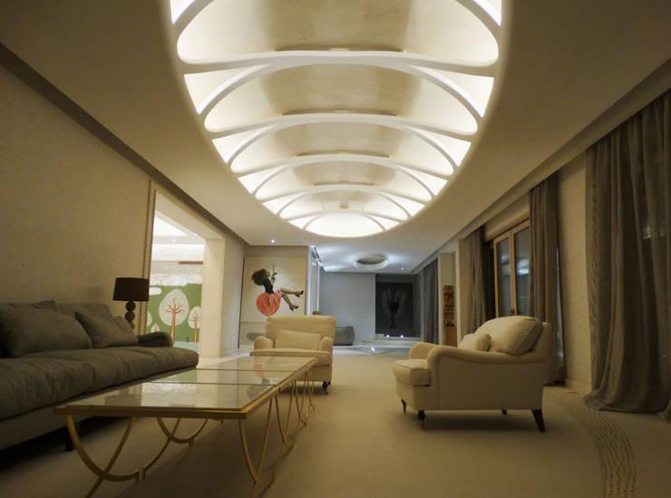 Riyadh House: Salas de estilo  por arqflores / architect