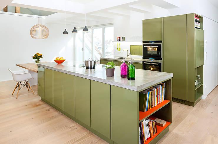 popstahl Küchen: moderne Küche von popstahl Küchen