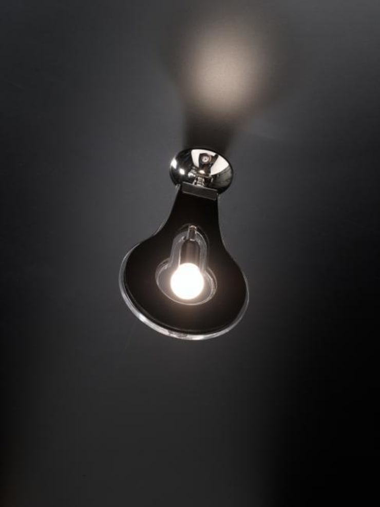 FLAT Plafoniera a 1 luce:  in stile  di Vrola Design, Moderno