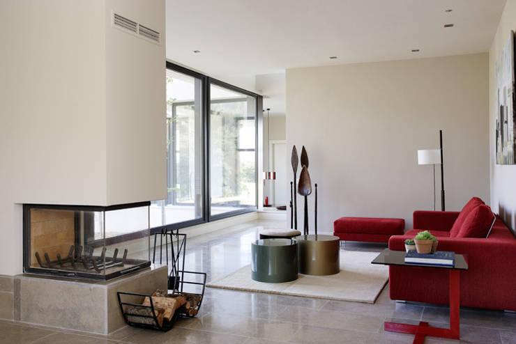 SALON: Salones de estilo  de Otto Medem Arquitectura S.L