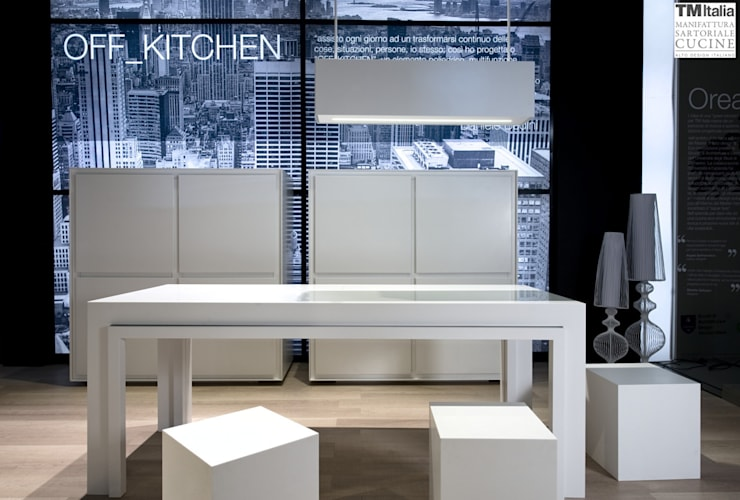 Off Kitchen:  in stile  di tm italia, Moderno