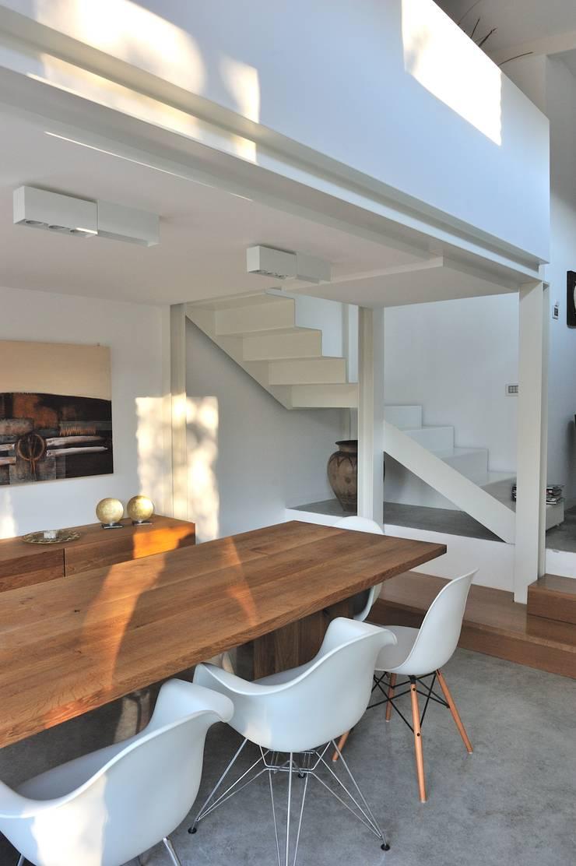 Private House Fabriano 2006-2009: Case in stile  di Alessandro Bassetti Architetto