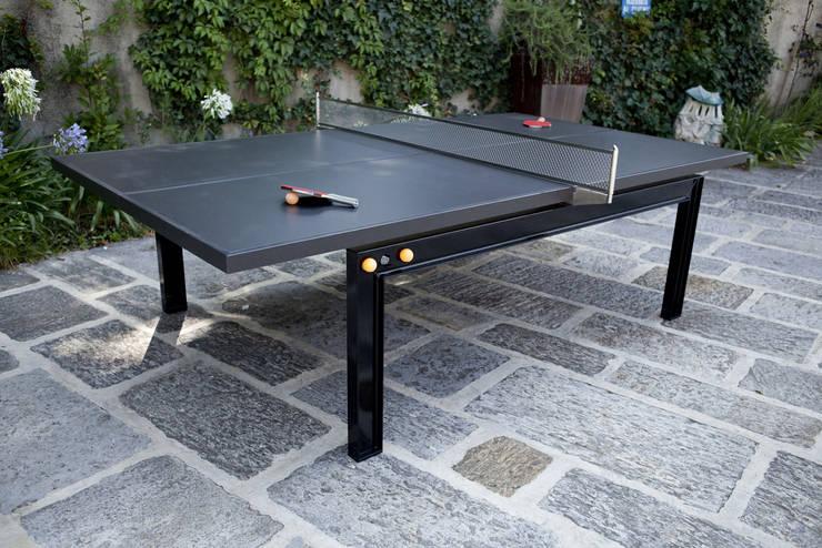 TENNIS table: Giardino in stile  di Dima snc di Maiocchi Dario e c.