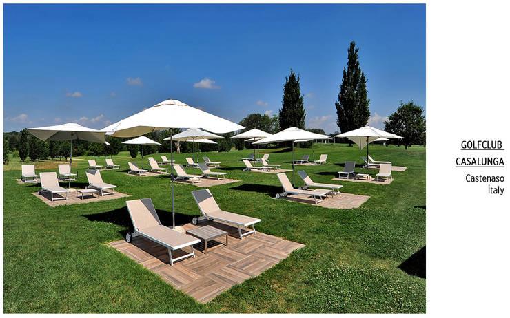 Plaza Yapı Malzemeleri – Havuz & Havuz Bahçe: tropikal tarz tarz Bahçe