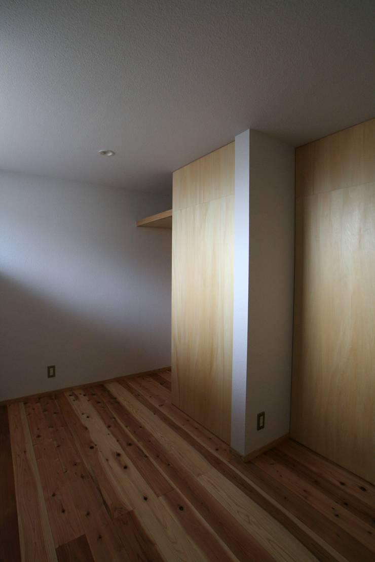 ちいさくつくる家: 清水建築設計室が手掛けた子供部屋です。
