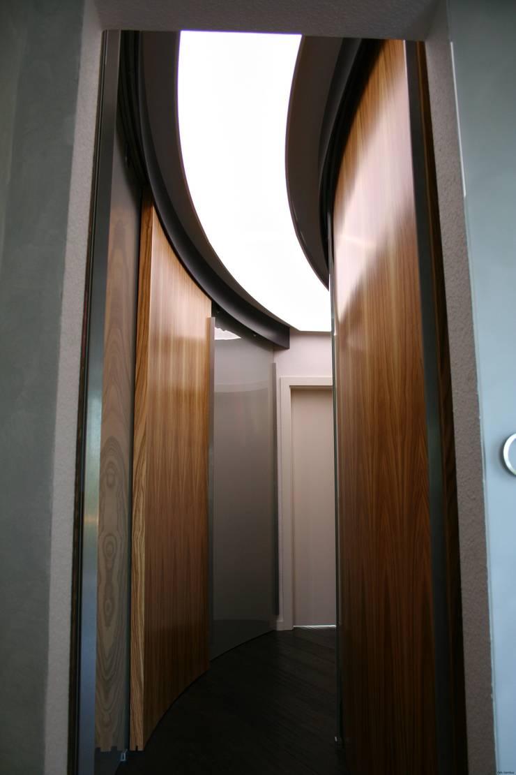ankleidezimmer systeme, ankleidezimmer von falk-raum-design-systeme | homify, Design ideen