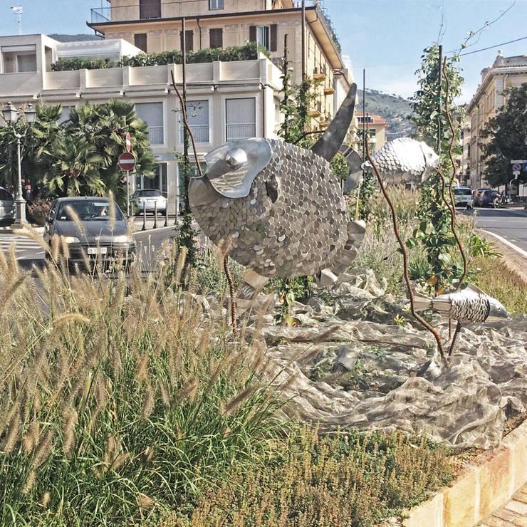per la città e per tutti: Giardino in stile  di Studio S.O.A.P.