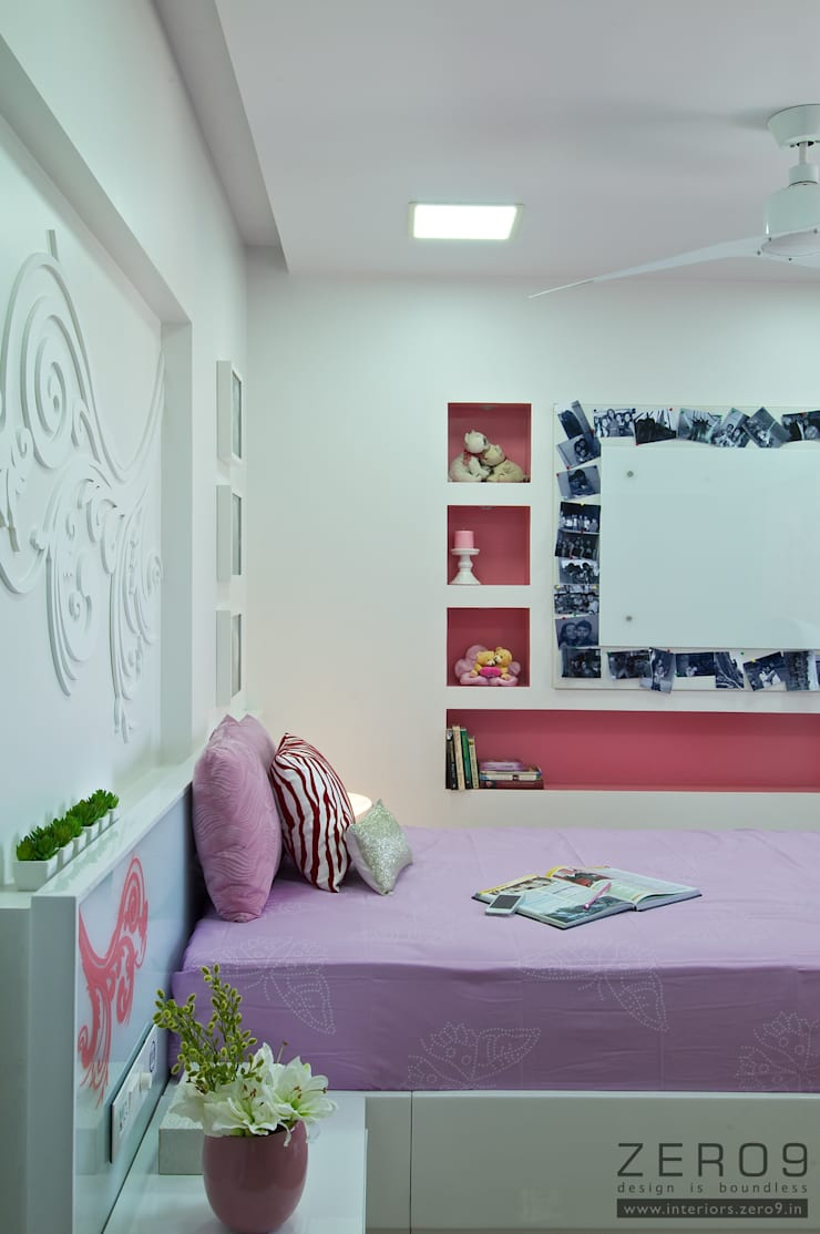 daughters bedroom:  Houses by ZERO9