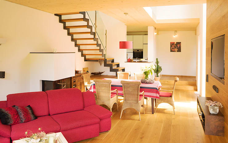 Projekty,  Salon zaprojektowane przez MAX-Haus GmbH