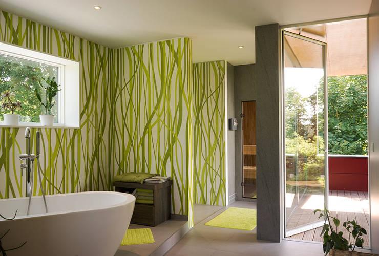 Projekty,  Łazienka zaprojektowane przez MAX-Haus GmbH