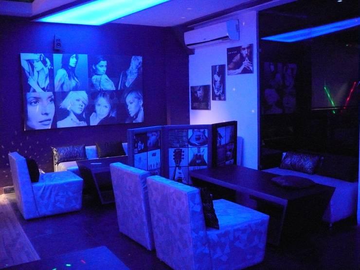 lounge bar & restaurant:  Gastronomy by Studio idea