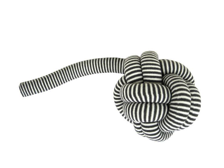Knot Collection: Salon de style  par Atelier Blink