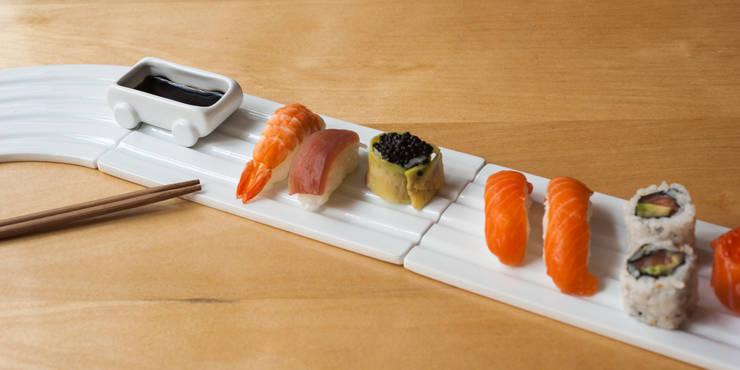 Kaiten: Salle à manger de style  par Pa design