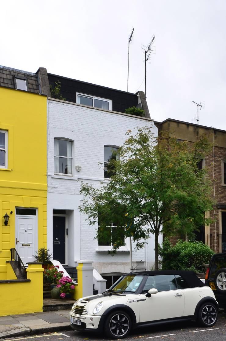 Maxwell Road—London SW6:   by Spiering & Co