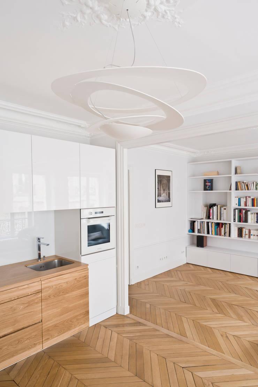 APPARTEMENT C:  de style  par Atelier FERRET Architectures