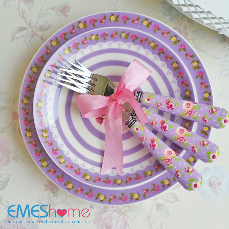 Kitchen by EmesHome,