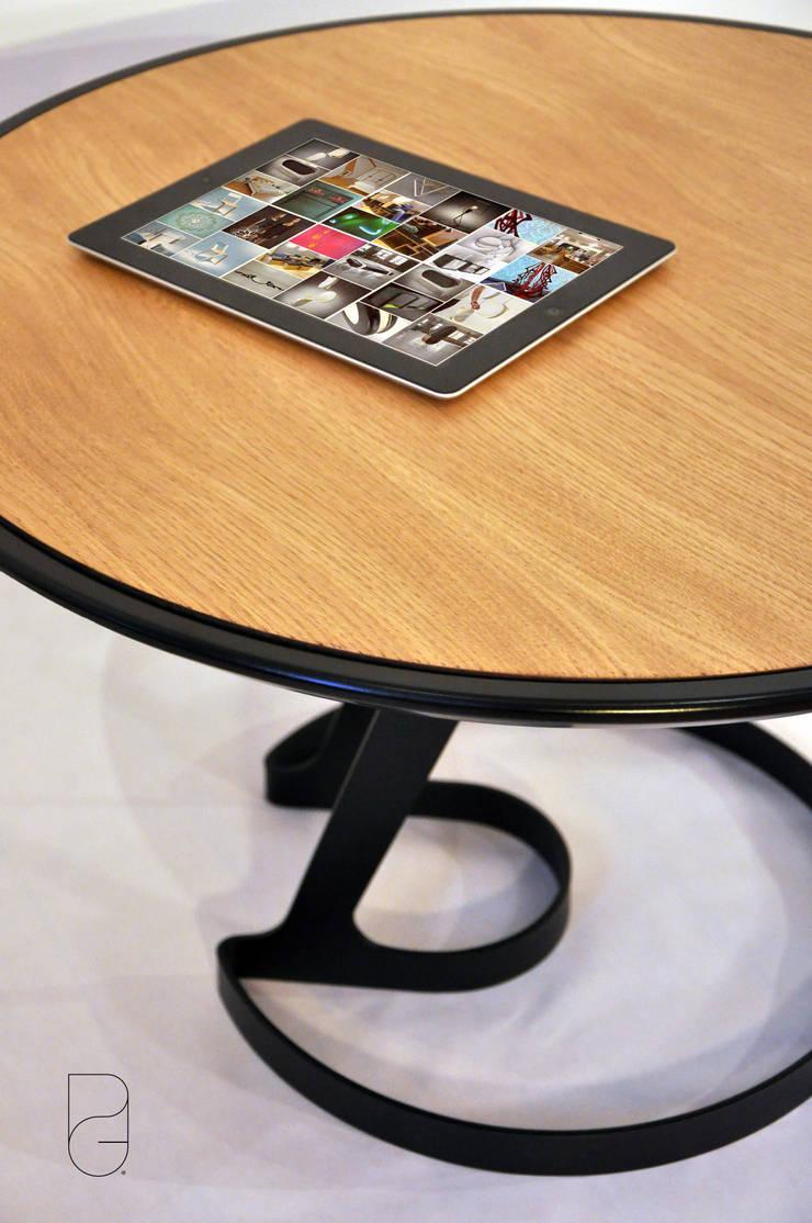 Table basse ORBIS: Salon de style  par Gauthier Poulain Design