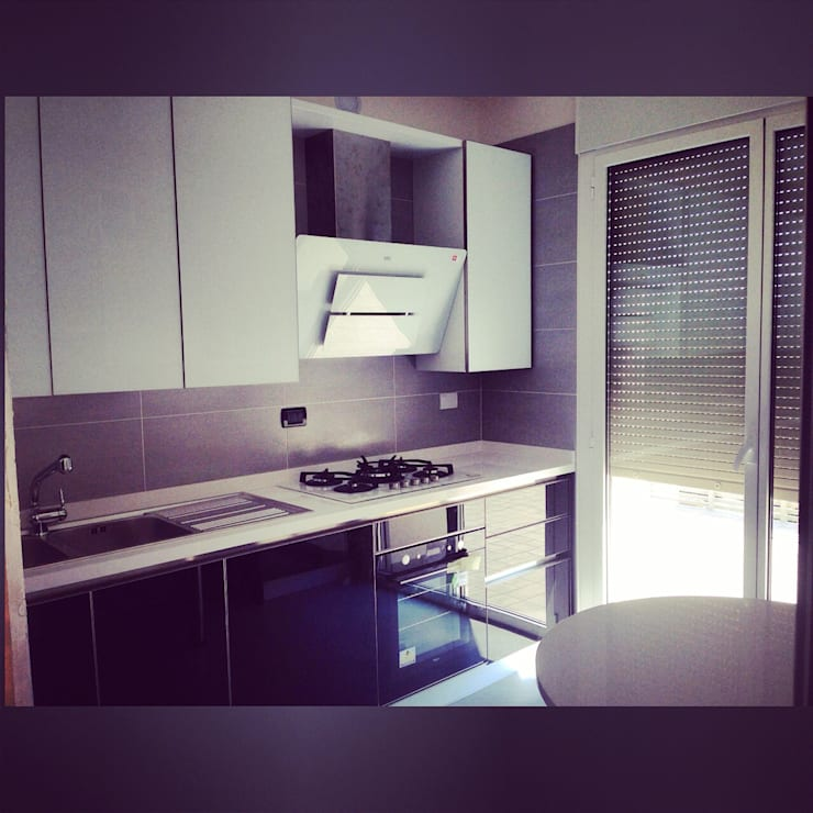 Cucina: Case in stile in stile Moderno di Arreda Progetta di Alice Bambini