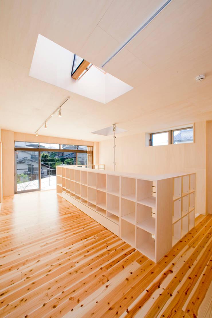 2階子供リビング: 松下建築設計 一級建築士事務所/Matsushita Architectsが手掛けた和室です。