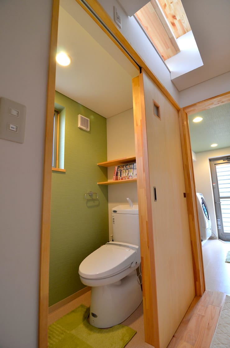 世羅の家: 宮崎環境建築設計が手掛けた浴室です。,