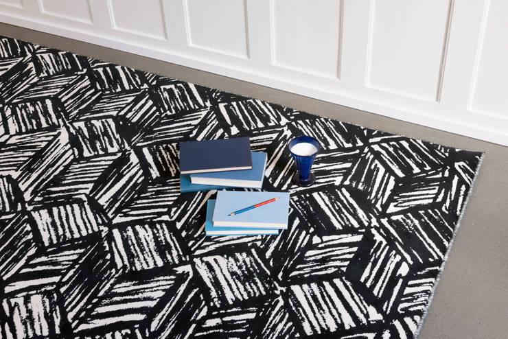 B+W BWDSC02:  Wohnzimmer von schoenstaub