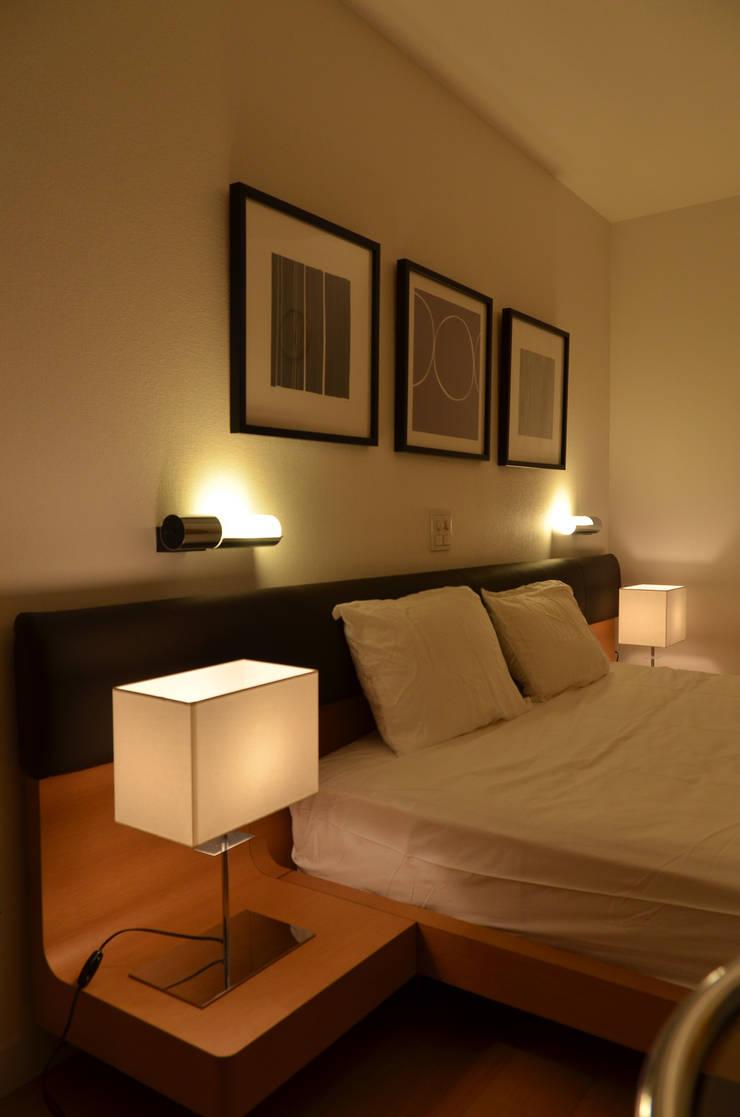 終の棲家: 風景のある家.LLCが手掛けた寝室です。