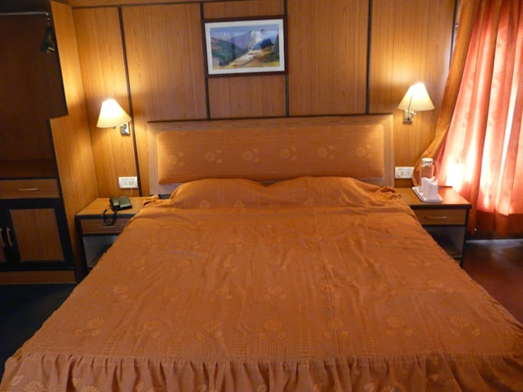 Hotels In Shimla:   by Snow King Retreat