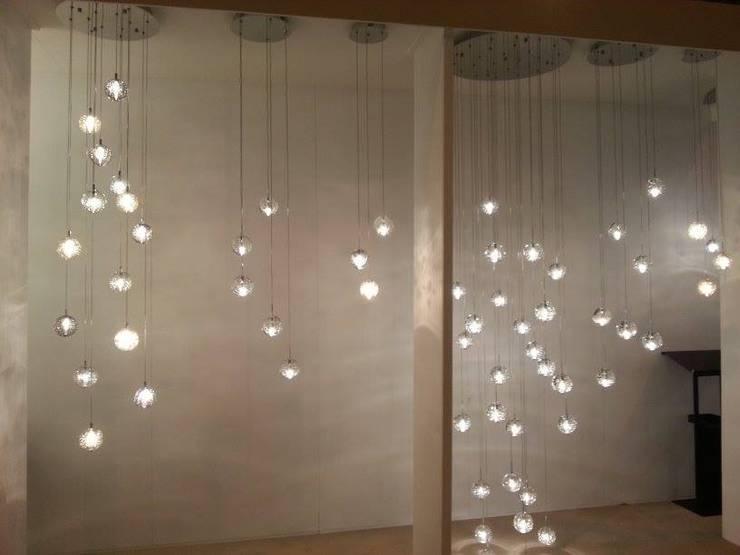 Display Unit- NEC, Birmingham:  Corridor & hallway by Avivo Lighting Limited