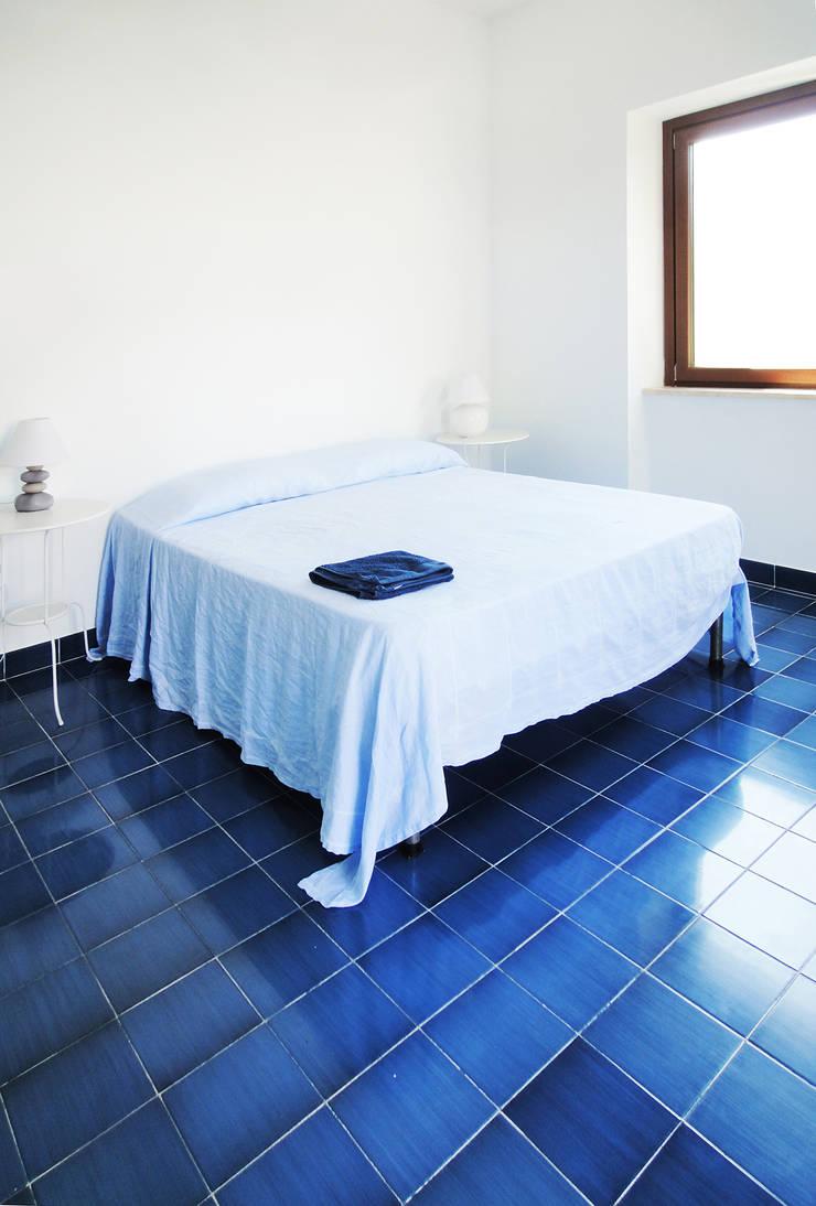 villa D: Case in stile  di Giancarlo Covino,
