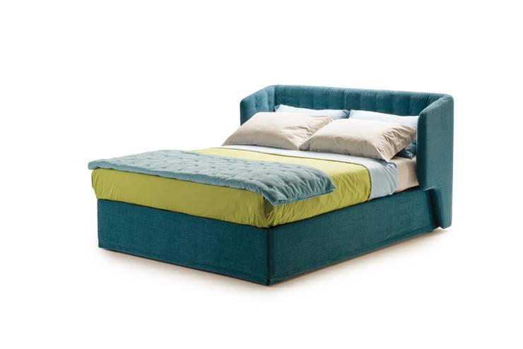 BED DORSEY: Camera da letto in stile  di Milano Bedding
