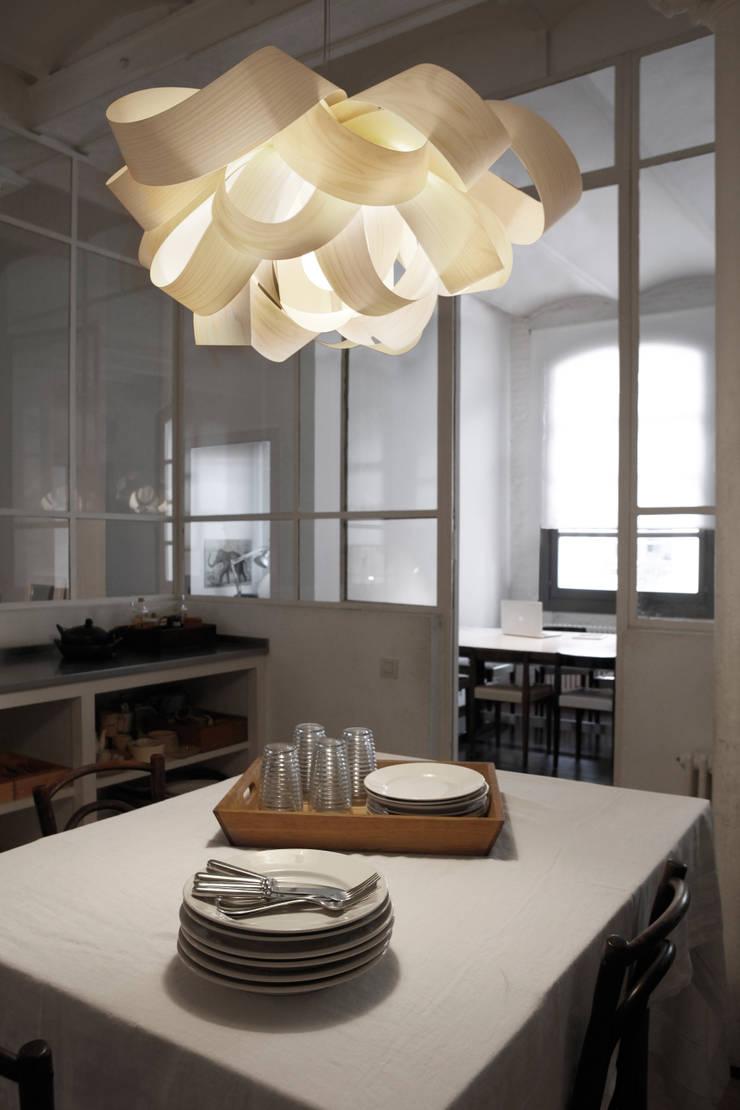 Agatha:  de estilo  de LZF LAMPS