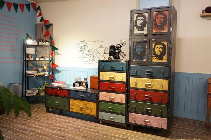 Salas de estilo  por Gemma Art Company