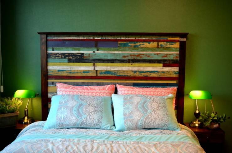 Projekty,  Sypialnia zaprojektowane przez Gemma Art Company