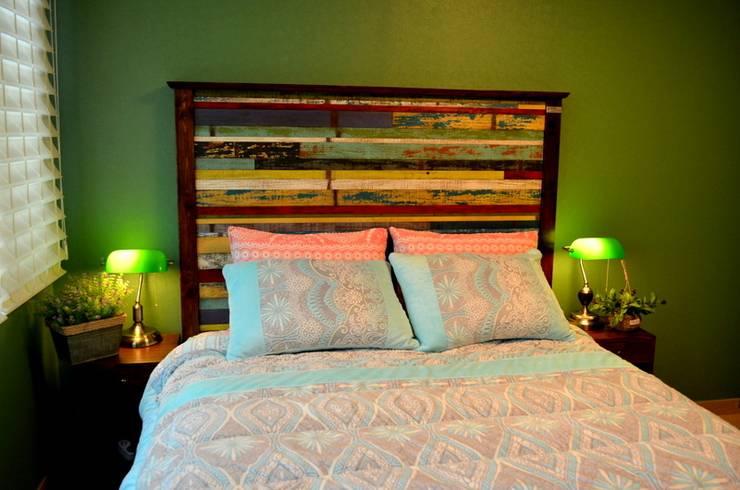 빠렛트 헤드 침대: Gemma Art Company의  침실
