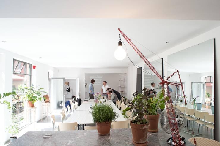 Contempo9rary Food Lab in Berlin:  Esszimmer von Küppersbusch Hausgeräte GmbH,Modern