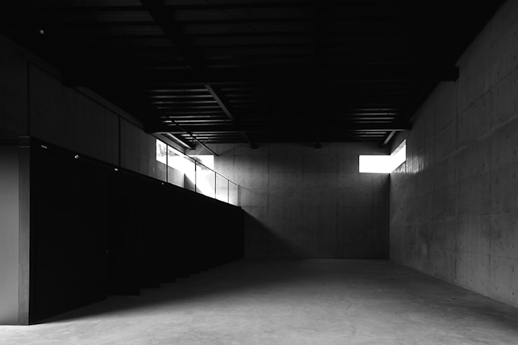 جدران تنفيذ 藤本寿徳建築設計事務所, حداثي