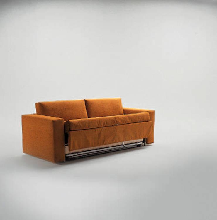 FRANK: Soggiorno in stile  di Milano Bedding,