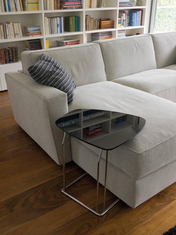 SHORTER: Soggiorno in stile  di Milano Bedding