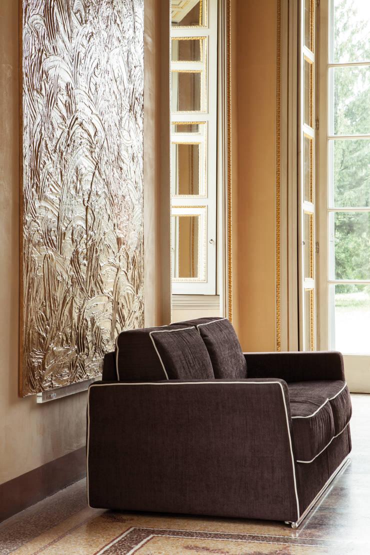 RETROHS: Soggiorno in stile  di Milano Bedding,