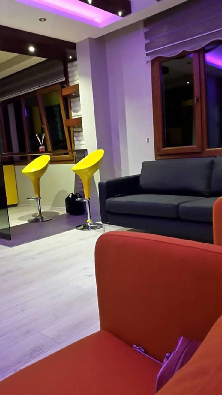 ROAS Mimarlık – Oturma Bölümü:  tarz Oturma Odası