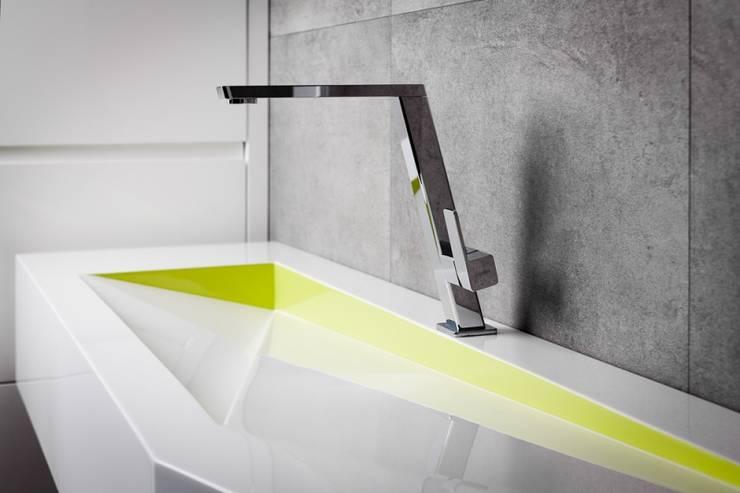 Nietypowe umywalki: styl , w kategorii Łazienka zaprojektowany przez Luxum