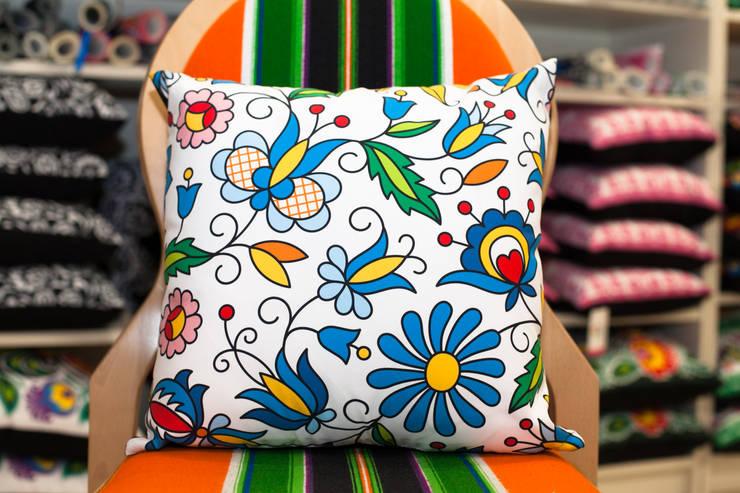 Poduszka kurpiowska: styl , w kategorii  zaprojektowany przez Folkstar,Wiejski
